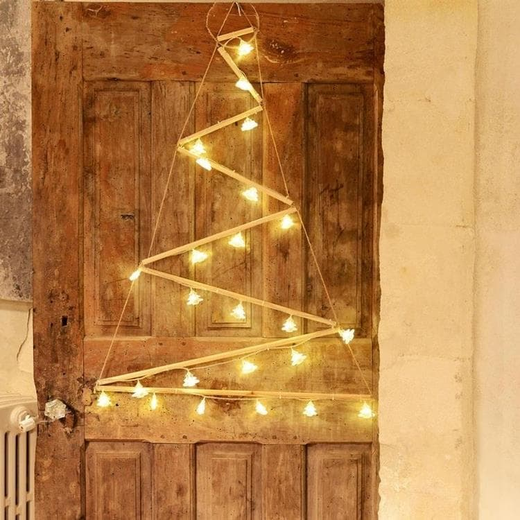 Guirlande et objet lumineux Blachere Illumination - Triangle - Arbre Mural Destructuré Lumineux 24 Led H90cm (photo)