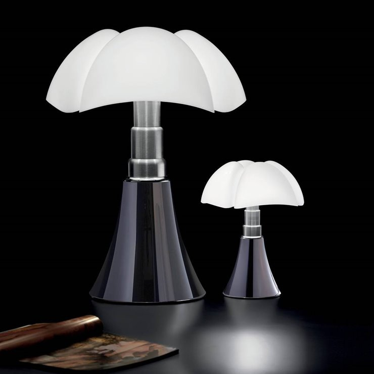 mini pipistrello lampe led h35cm titane martinelli luce gae aulenti 652 00. Black Bedroom Furniture Sets. Home Design Ideas