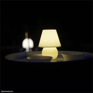SNACKLIGHT : Table basse avec plateau 3 coupelles et lampe LED H59cm (Jaune)